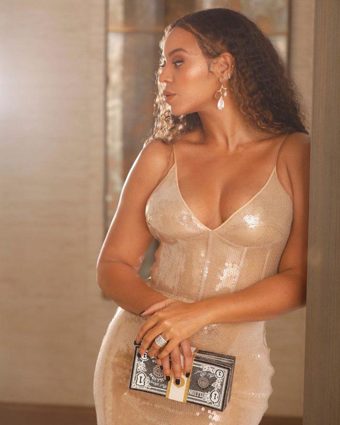 BeyoncéGlints At Jay-Z'sInaugural Shawn Carter Foundation Gala
