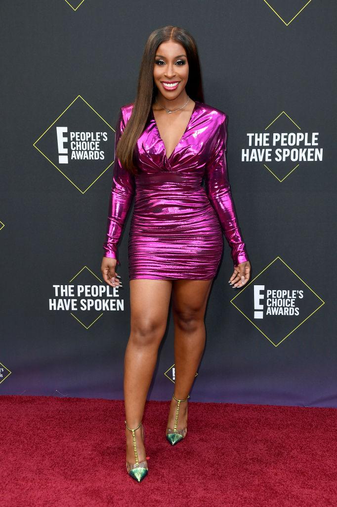 Jackie Aina At E! People's Choice Awards 2019 red carpet.